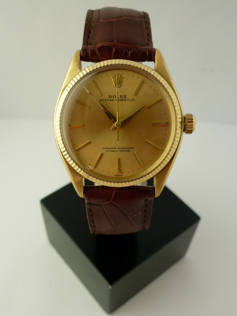 Rolex oyster perpetual date ref 1005 18CT (1960)