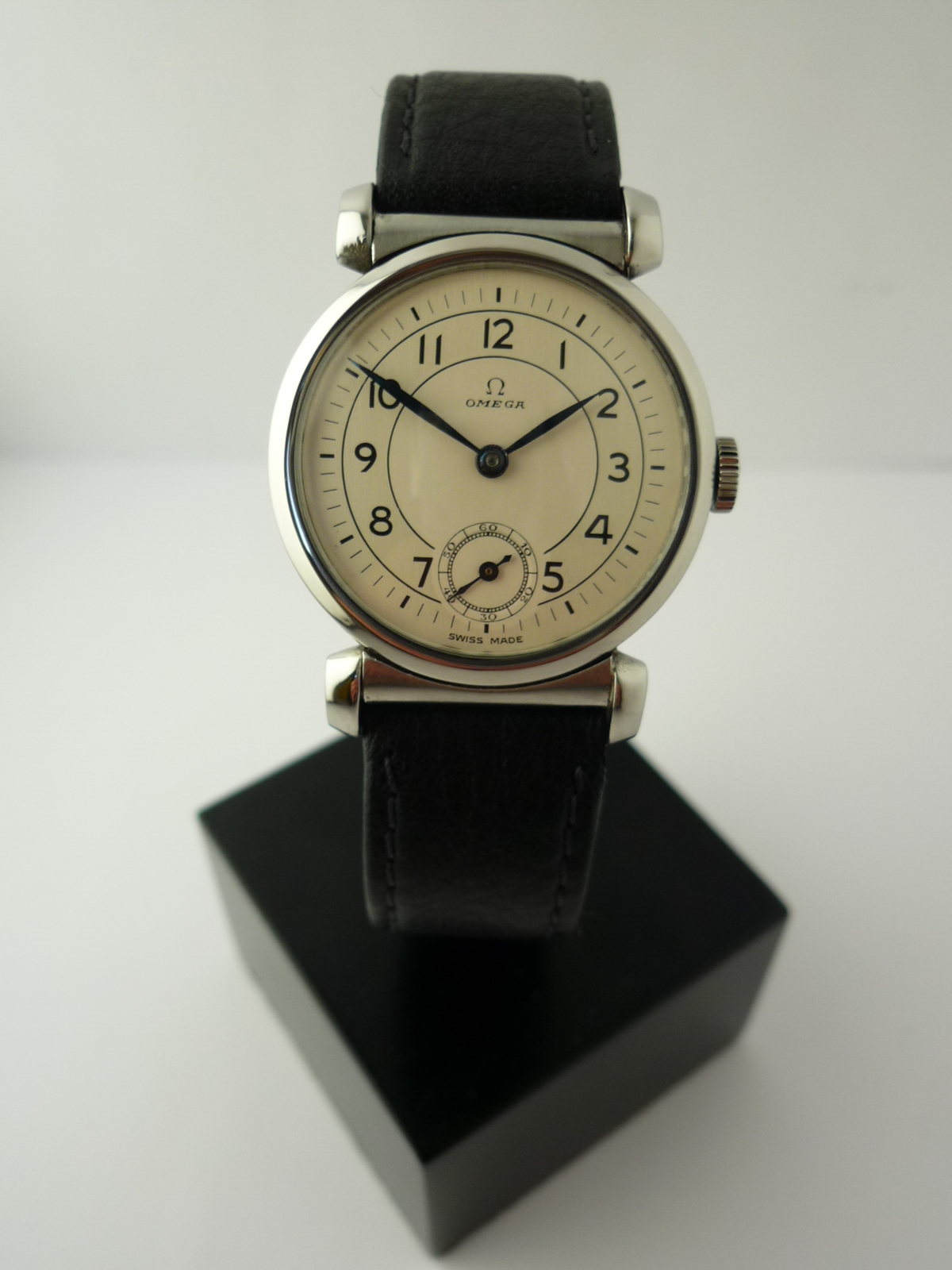 Omega Art Deco wristwatch ref:- CK615 (1939)