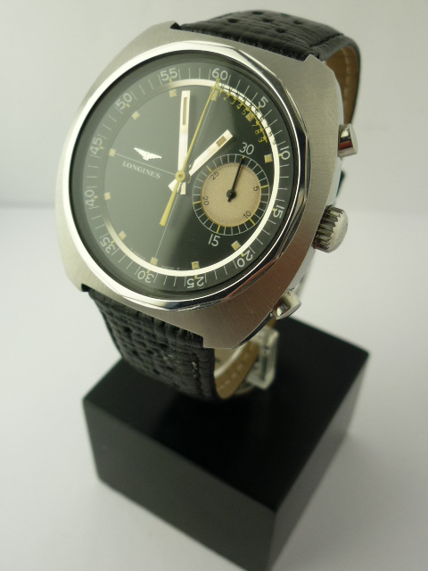 Longines nonius chronograph watch ref 8225-2 (1968)