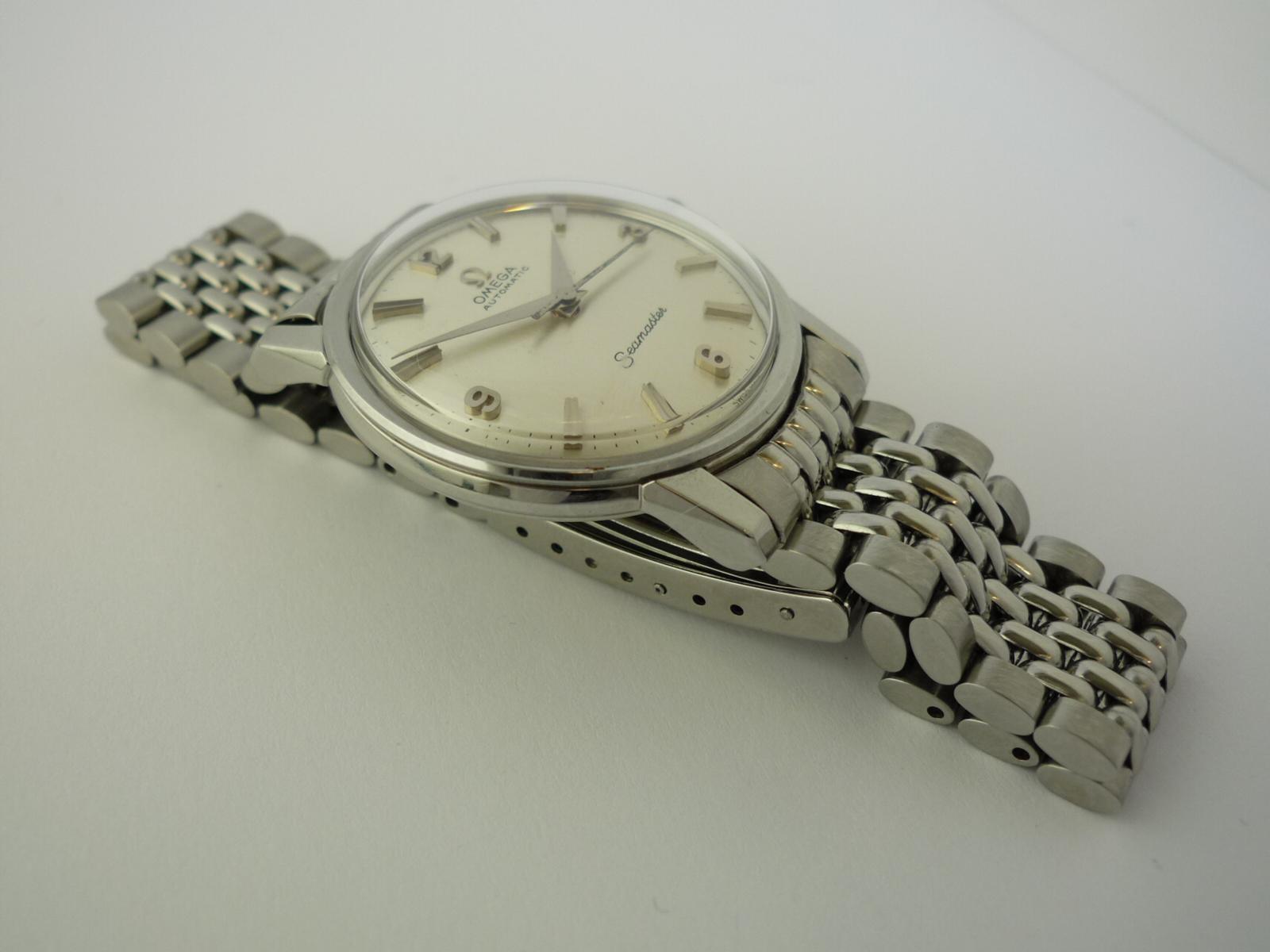 Vintage Omega Seamaster watch ref 165003. (1965)