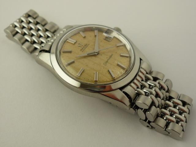 Vintage Omega Seamaster watch ref 166010. (1963)