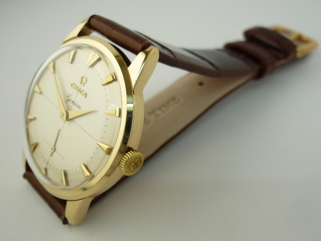 Omega Geneve watch 9ct gold ref 969 (1960)