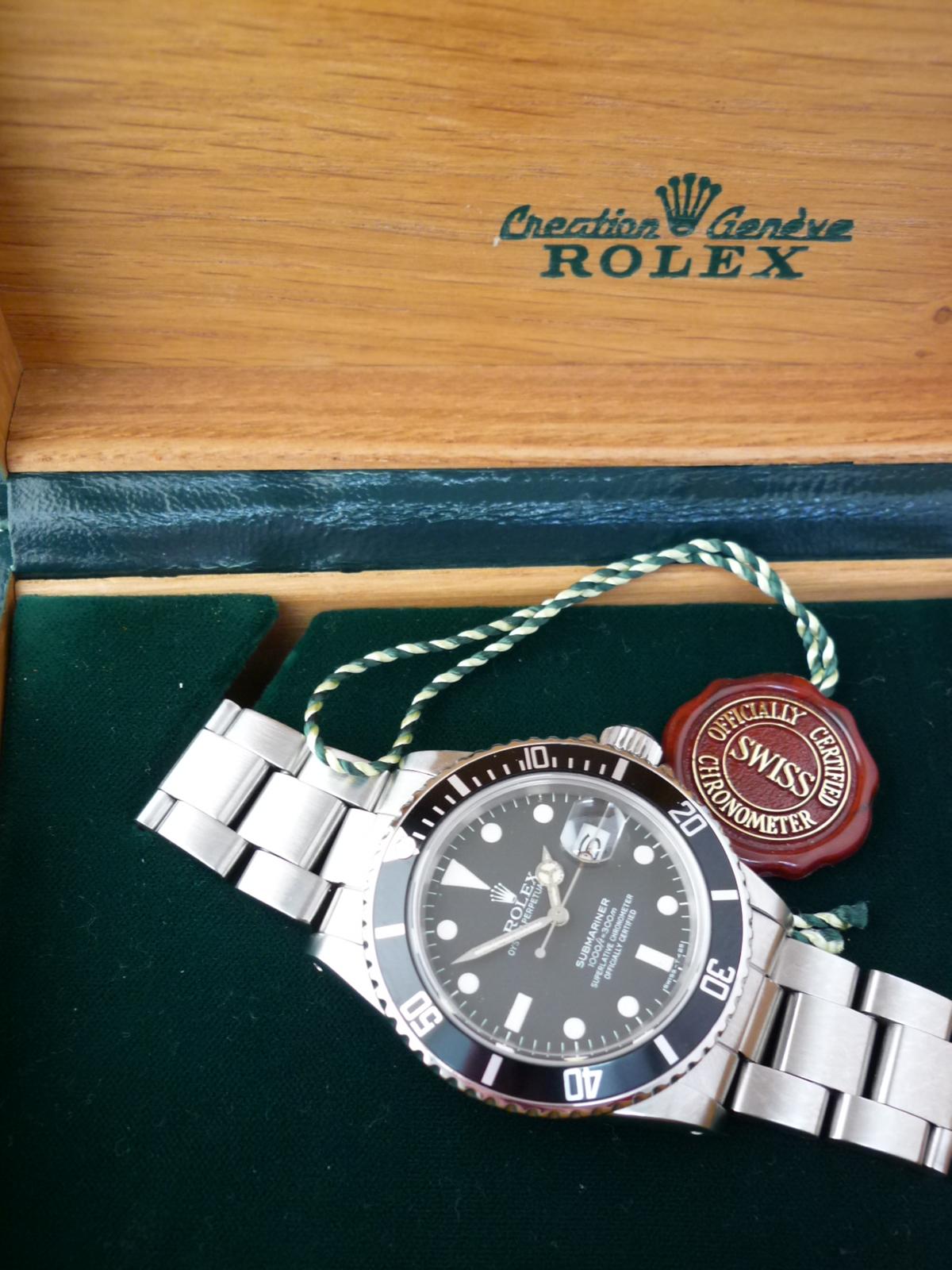 Rolex Submariner watch ref 16800 (1981)