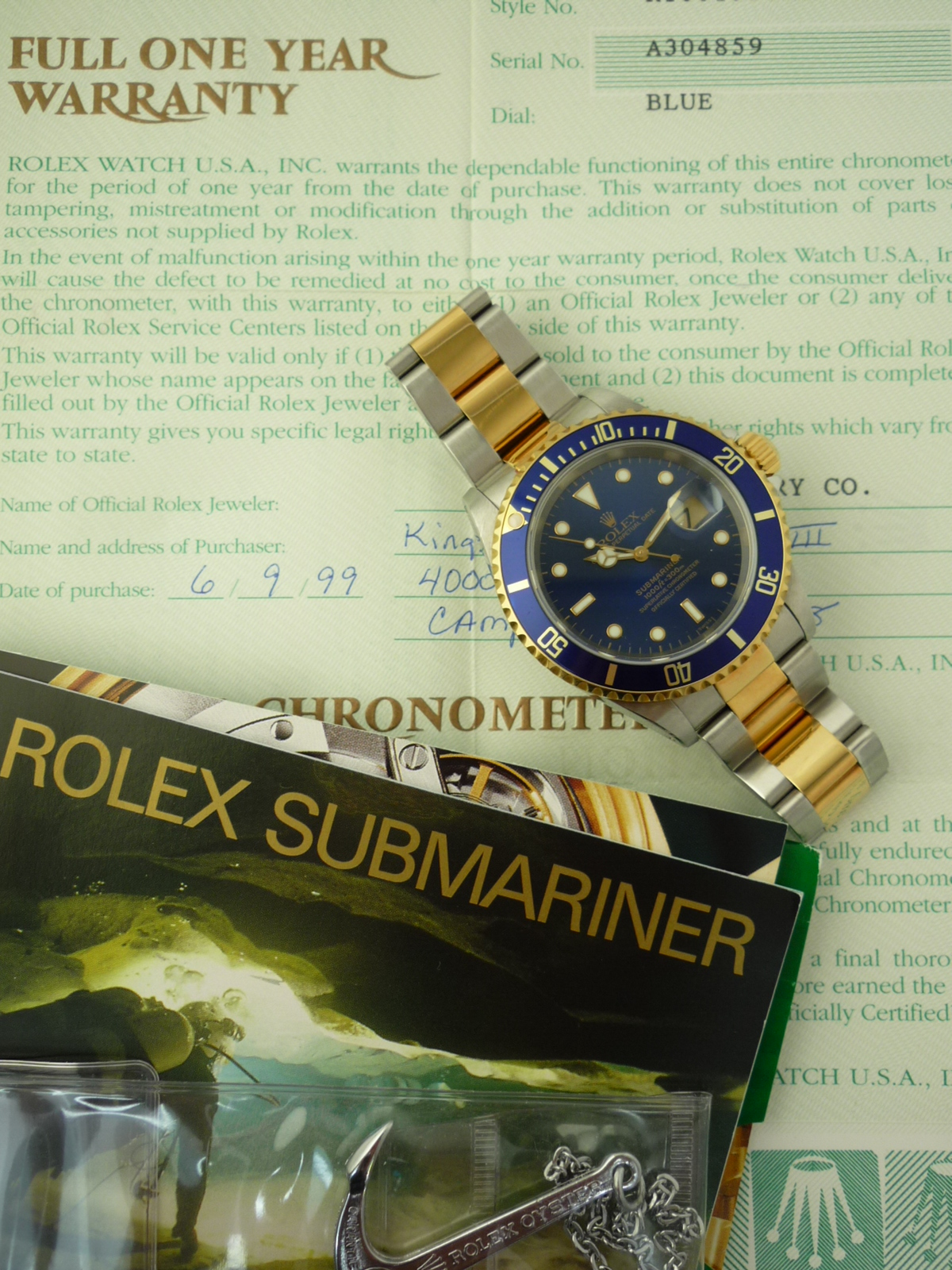 Rolex Submariner watch ref 16613 Box and Papers (1998)