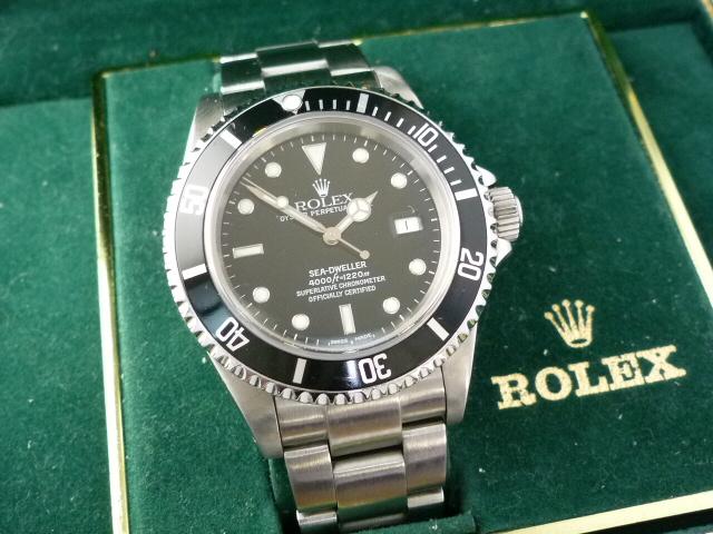 Rolex Sea-Dweller watch ref 16660 & box (1982)