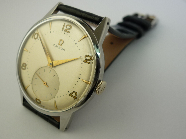Omega Stainless steel Watch ref 2272-3 (1947)